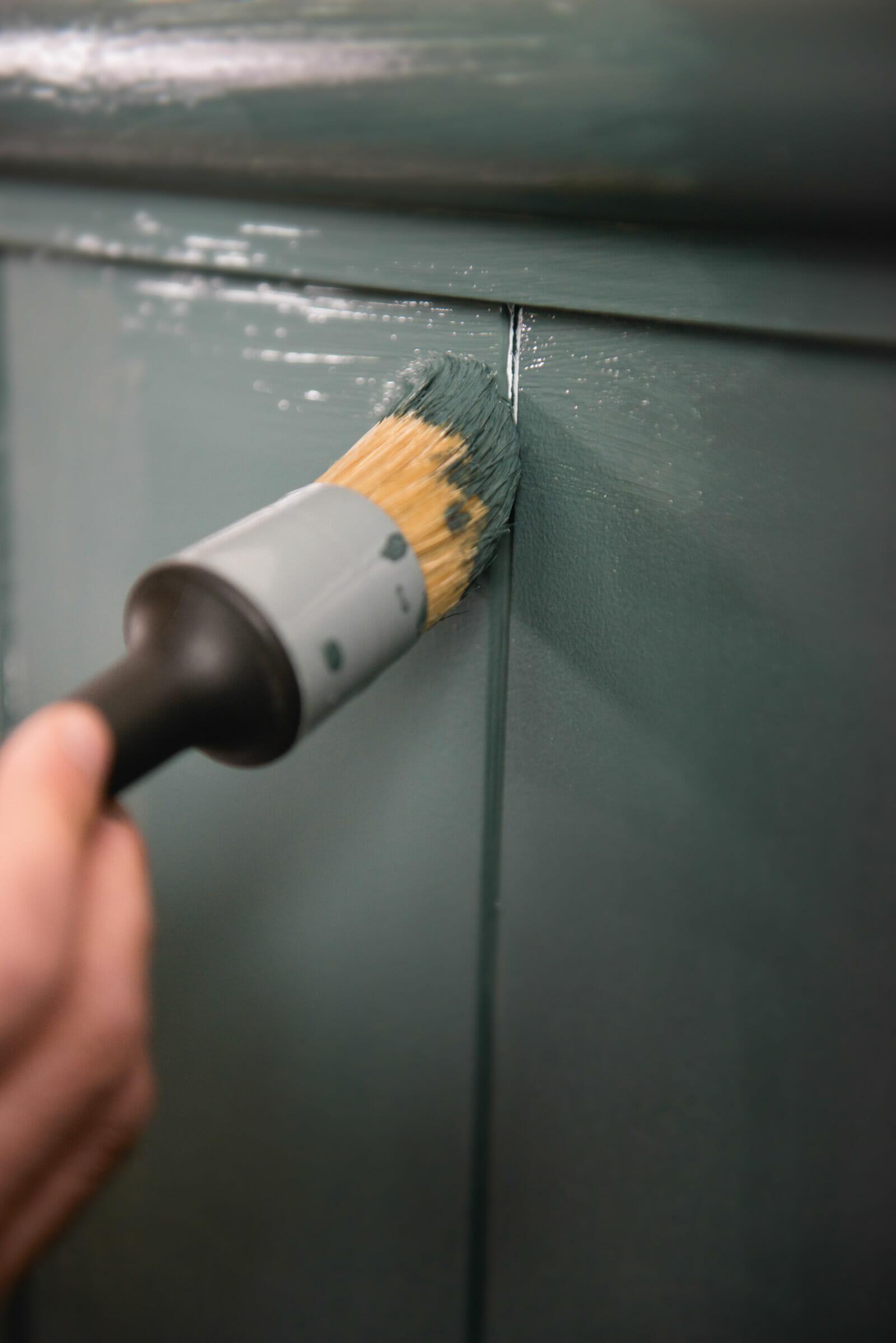 Wand streichen - Malerbetrieb Kossack